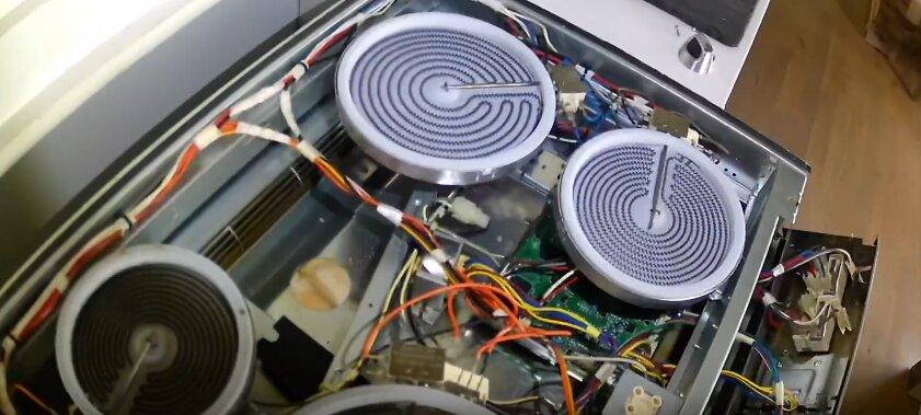 Вызов мастера на дом в Реутов для ремонта электроплиты