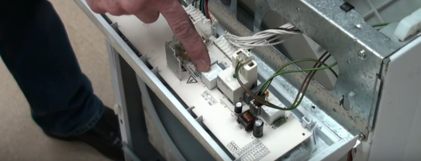 Почему ломается стиральная машинка. Причины поломки