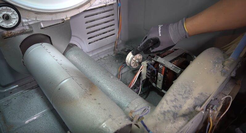 замена роликов натяжителей сушильной машины